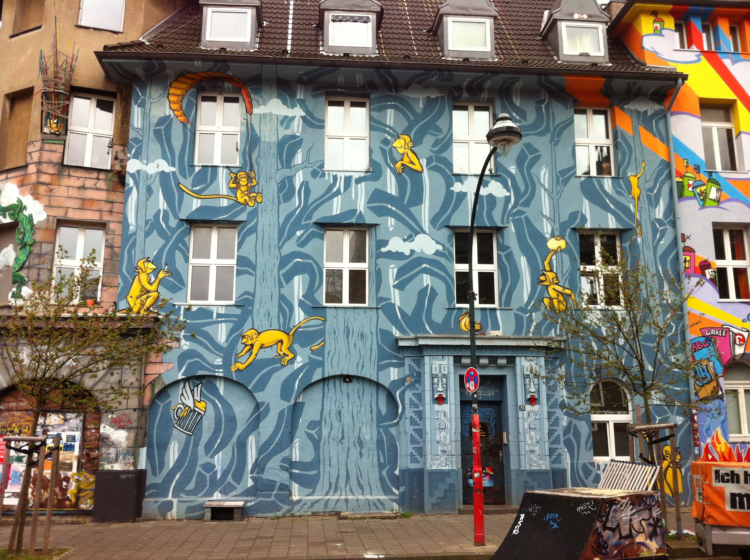 Streetart D Sseldorf Mural Kiefernstra E Majo Brothers