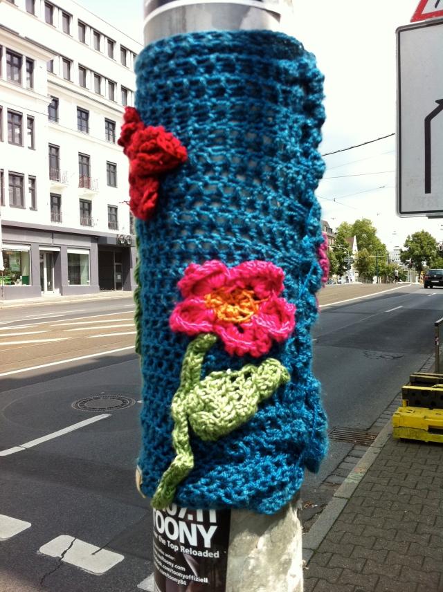 StreetArt Düsseldorf Urban Knitting