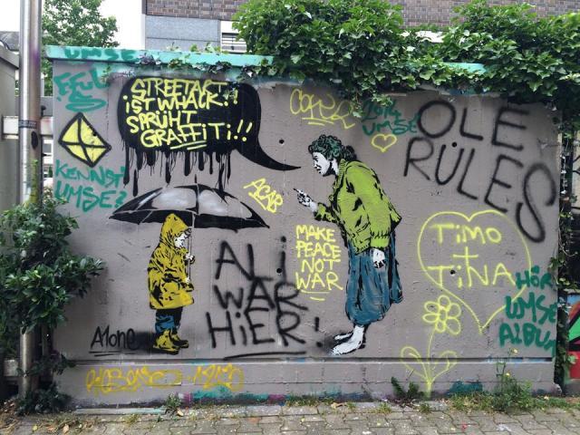 StreetArt Essen, A1one mit unbekannten Graffiti-Sprayern, Foto: Klaudia Pirc